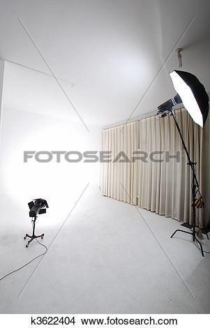 Stock Photo of studio lighting device k3622404.