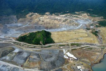Police sent to reopen PNG gold mine after locals use taboo.
