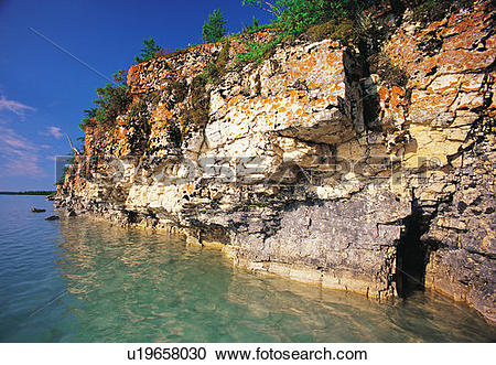 Stock Photography of limestone cliffs, Little Limestone Lake.