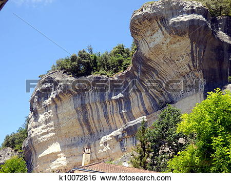 Stock Images of Limestone cliffs in Les Eyzies k10072816.