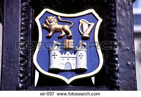Picture of Heraldic Emblem with Lion Castle Harp eir.