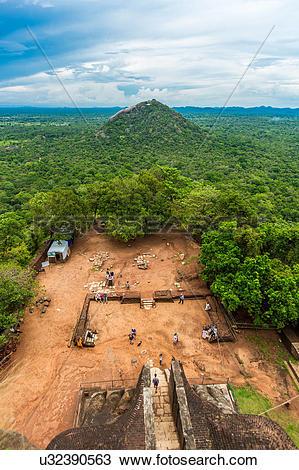 Stock Photo of Sri Lanka, Sigiriya, Lion Rock u32390563.