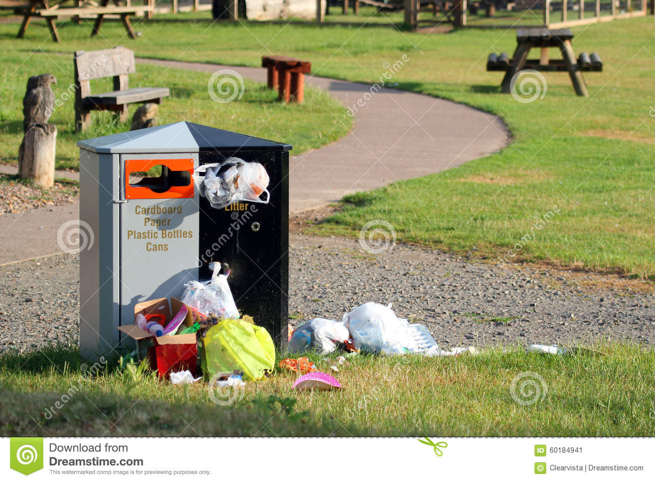Litter Bin Overflowing, Trash And Rubbish Spilling Out. Stock.