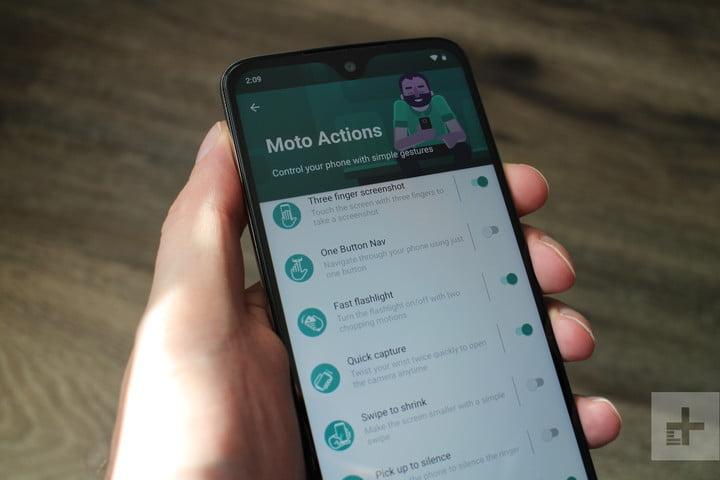 Moto G7, Power, Play, or Plus: 10 Key Settings to Change.