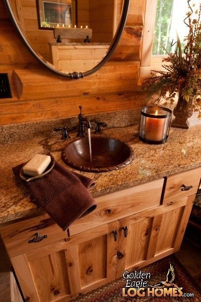 17 Best ideas about Log Cabin Bathrooms on Pinterest.