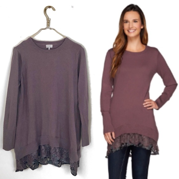 Logo Lori Goldstein sweater top with lace detail..
