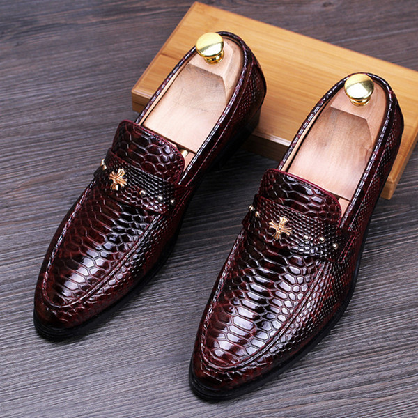 Wholesale Snake Style Men Patent Leather Shoes Pointed Toe Cross Logo Men  Loafers Slip On Pink Shoes Vegan Shoes From Shoes8800, $73.11.