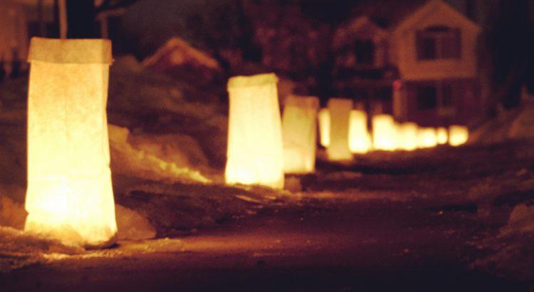 Christmas Tradition: Luminaries.