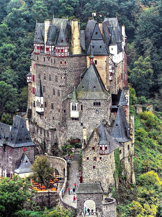 Eifel Germany castles.