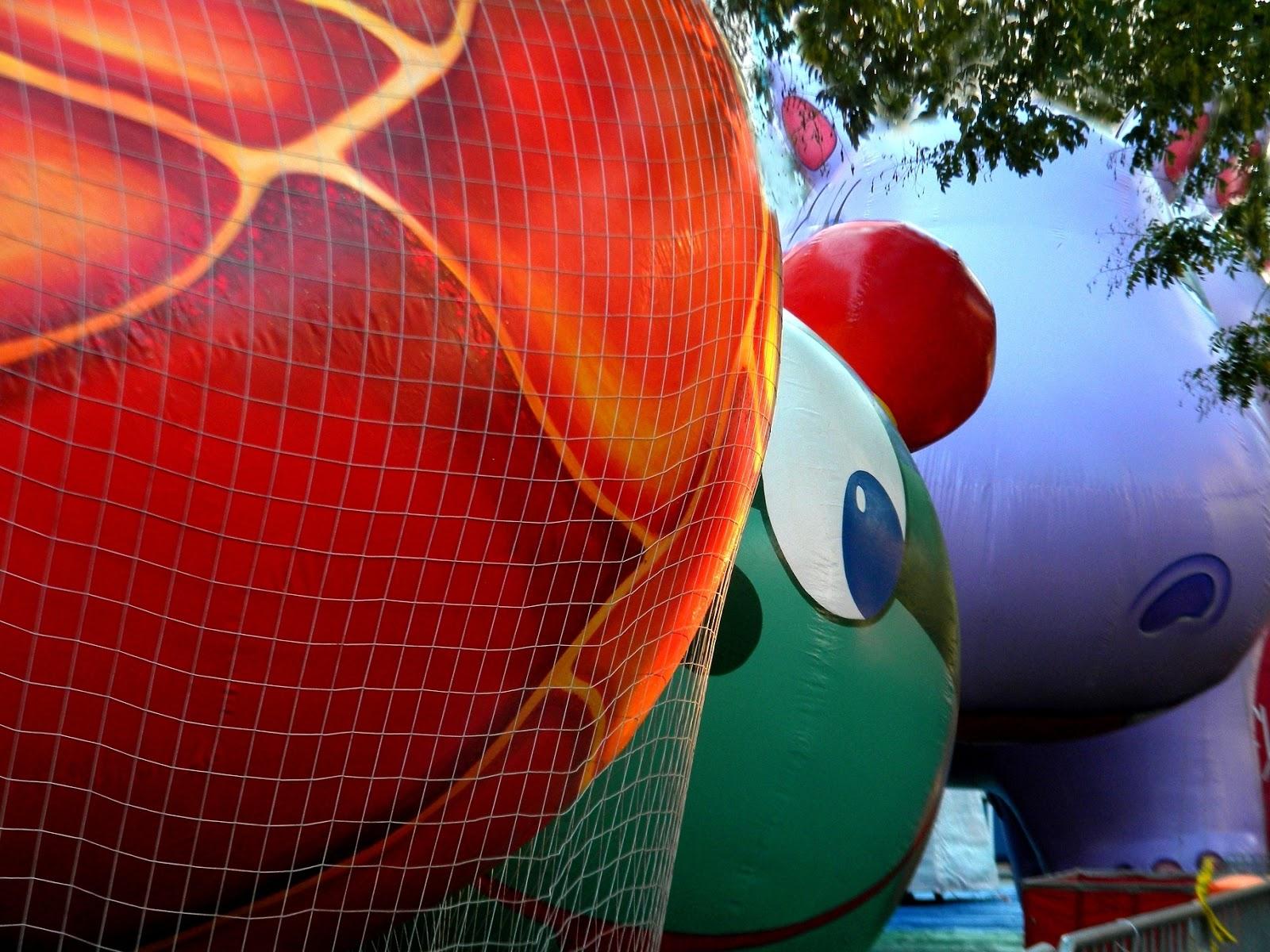 Macy's Thanksgiving Day Parade Photos Public Domain Clip Art.
