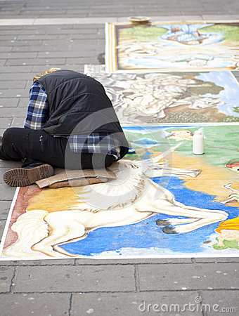 A Madonnaro Artist At Work In Sydney Editorial Photography.