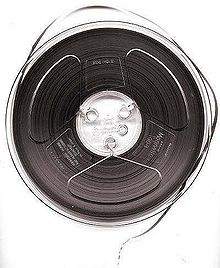 File:Magnetic tape 1.png.