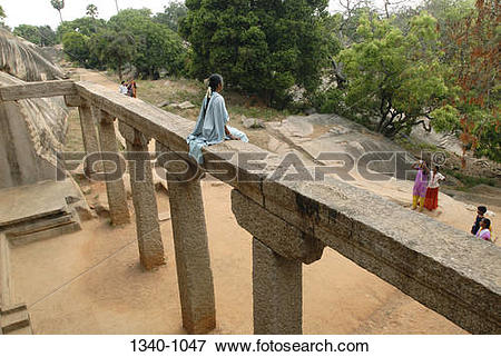 Picture of High angle view of girls at a temple, Ramanuja Mandapa.