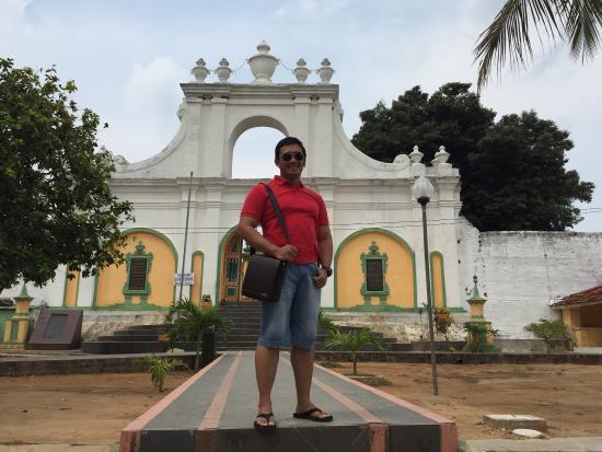 Asta Tinggi, The Tomb of Sumenep Kings.