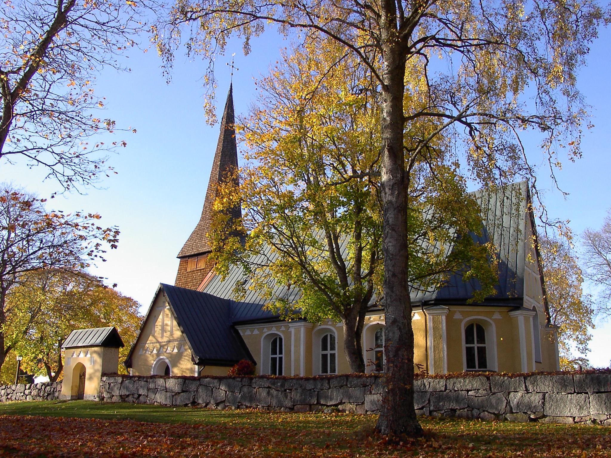 File:Malma kyrka Köping.jpg.