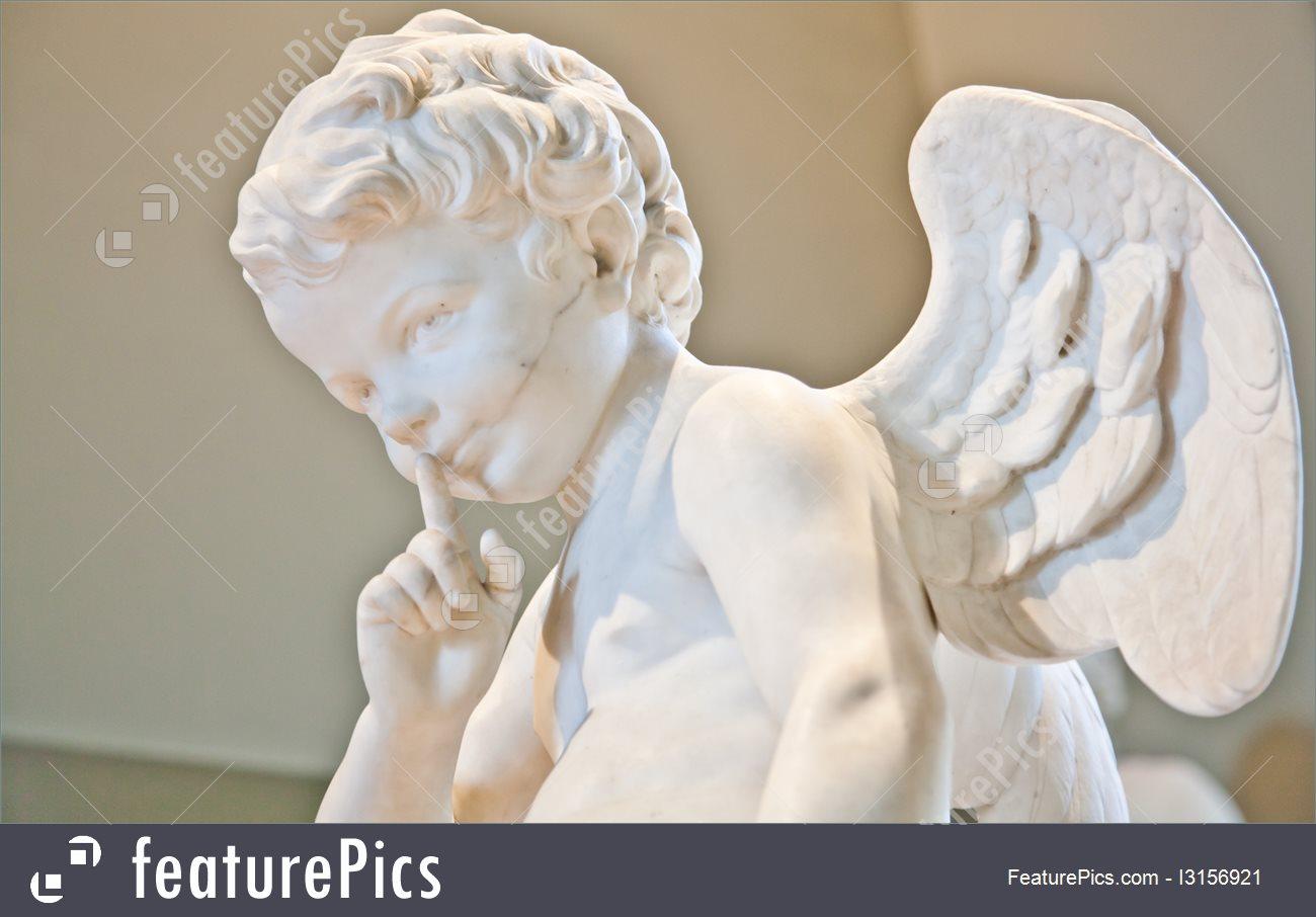 Sculptures: Angel Marble Statue.