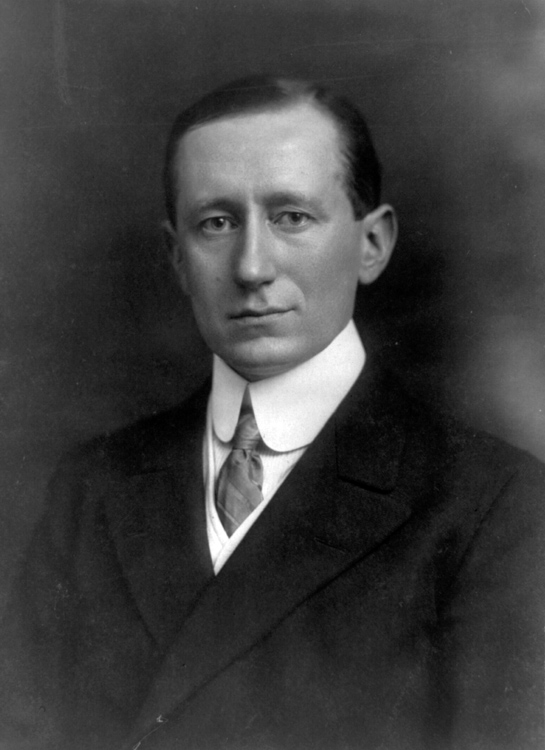 Historical Personalities : Marconi.
