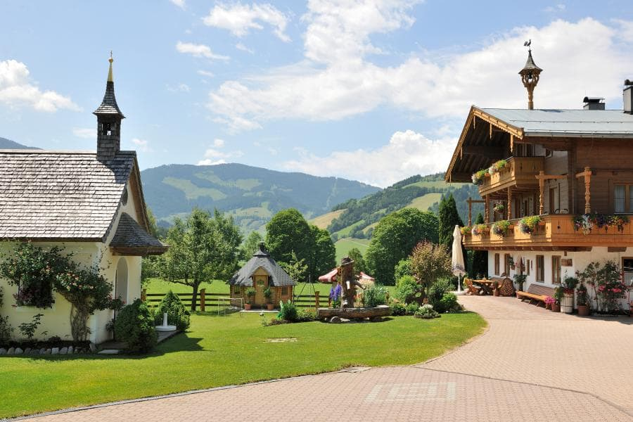 Welcome to your Ebengut farm holidays in Maria Alm.