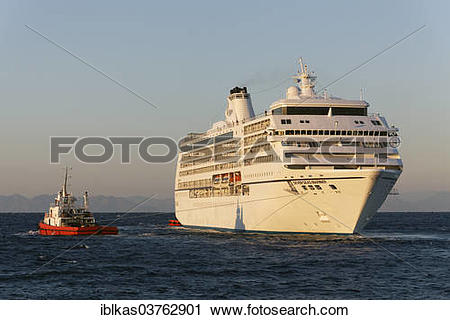 "Stock Photography of ""Seven Seas Mariner"""""""" cruise ship of Regent."