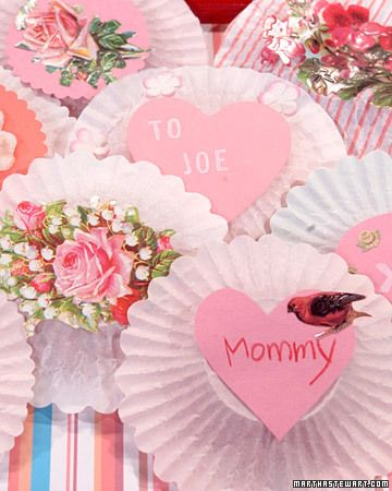 14 Valentine\'s Day Cards with Clip.