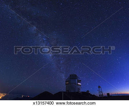 Stock Photography of Hawaii, Mauna Kea Observatory x13157400.