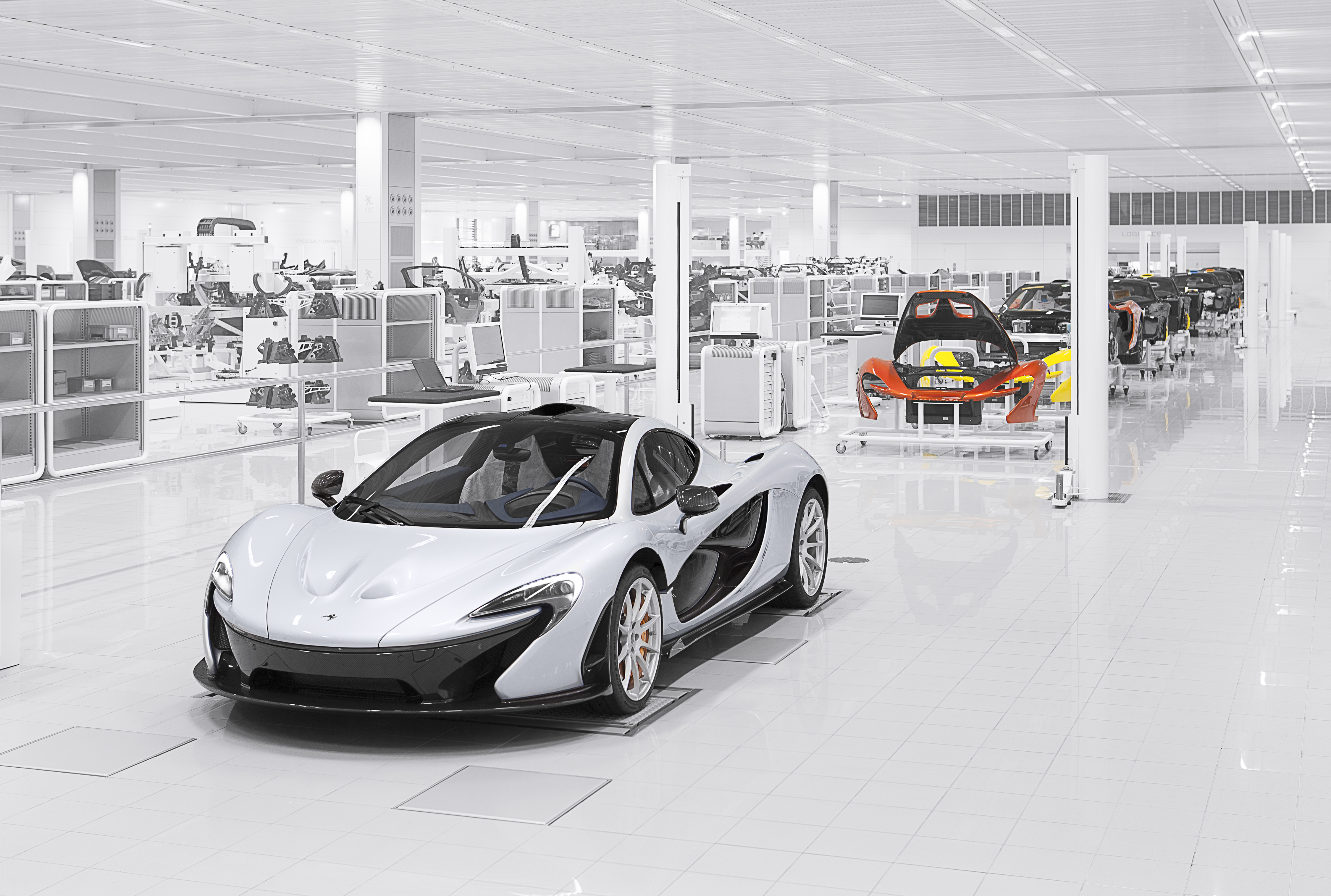 Performance figures for the McLaren P1™ confirmed as the first.