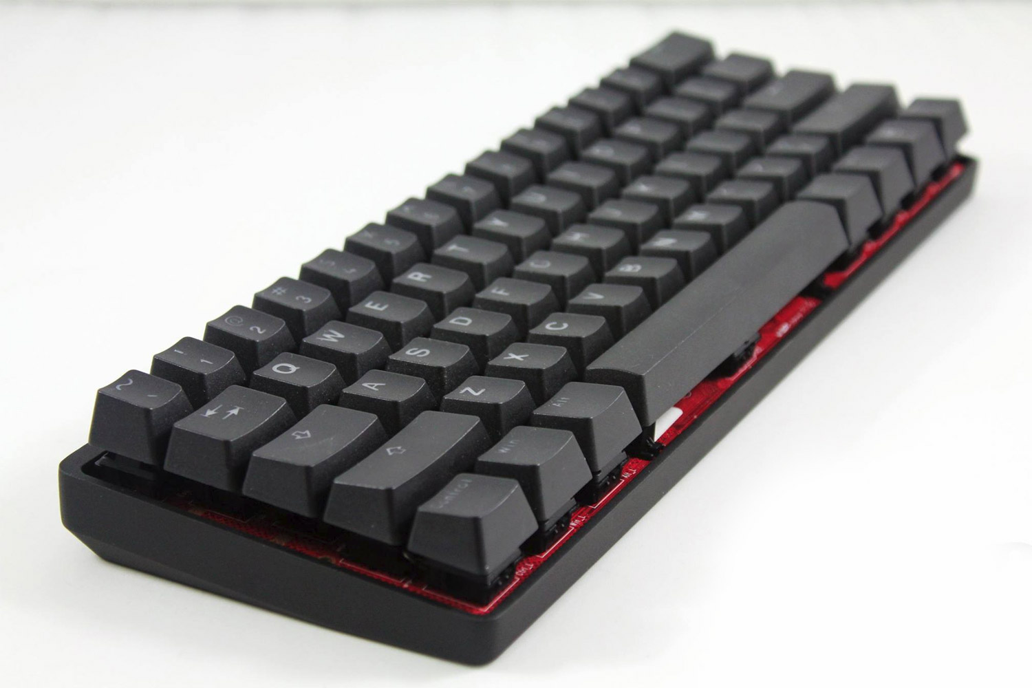Survey Finds The Favorite Mechanical Keyboard Features.