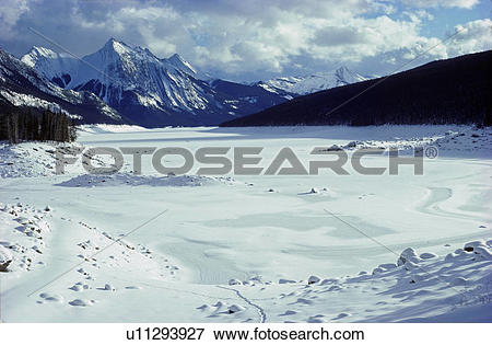 Picture of Medicine Lake in winter, view southeast toward the.