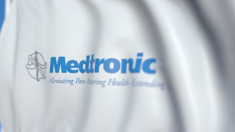 Waving flag with medtronic logo, close.