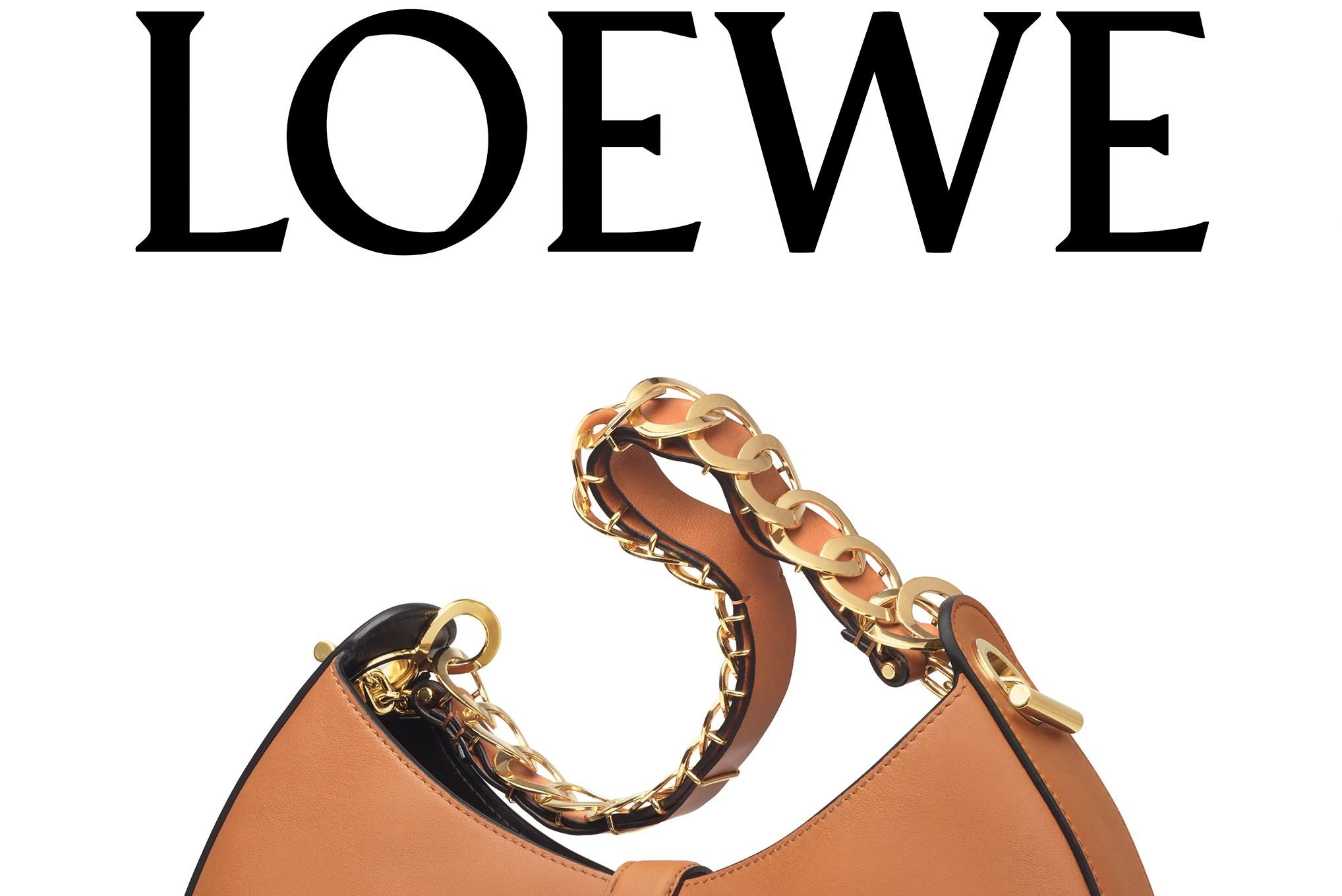 Loewe Spring Looks on Billboards.