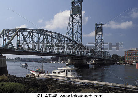 Pictures of drawbridge, Portsmouth, NH, New Hampshire, Memorial.
