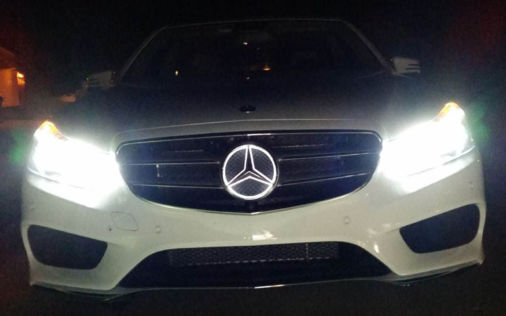 Install Mercedes Benz LED Illuminated Grille Emblem: 6 Steps.