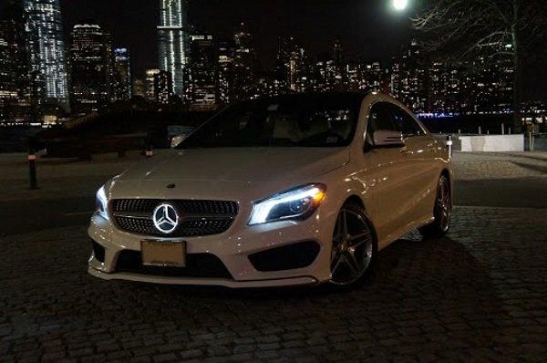 Mercedes benz light up logo.
