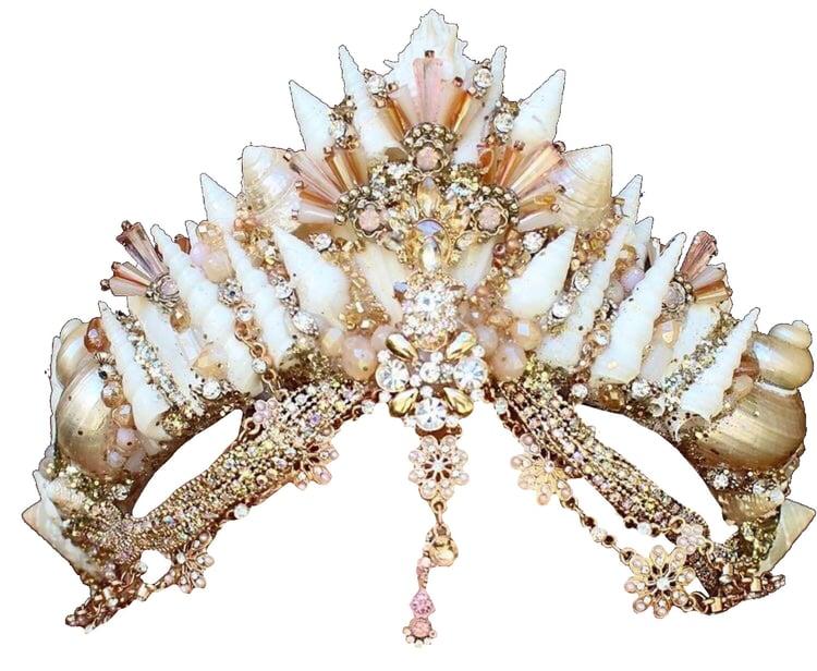 mermaid crown (i think) png on We Heart It.