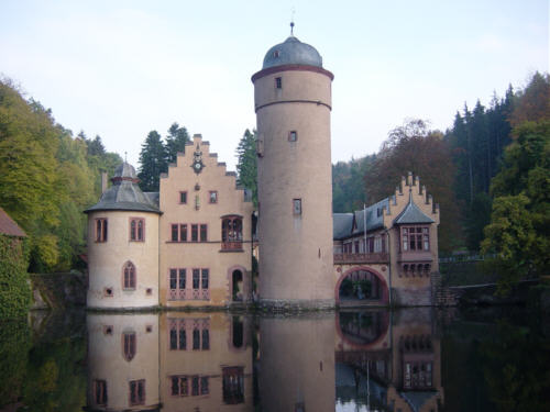 1000+ images about Castles and Dragons on Pinterest.