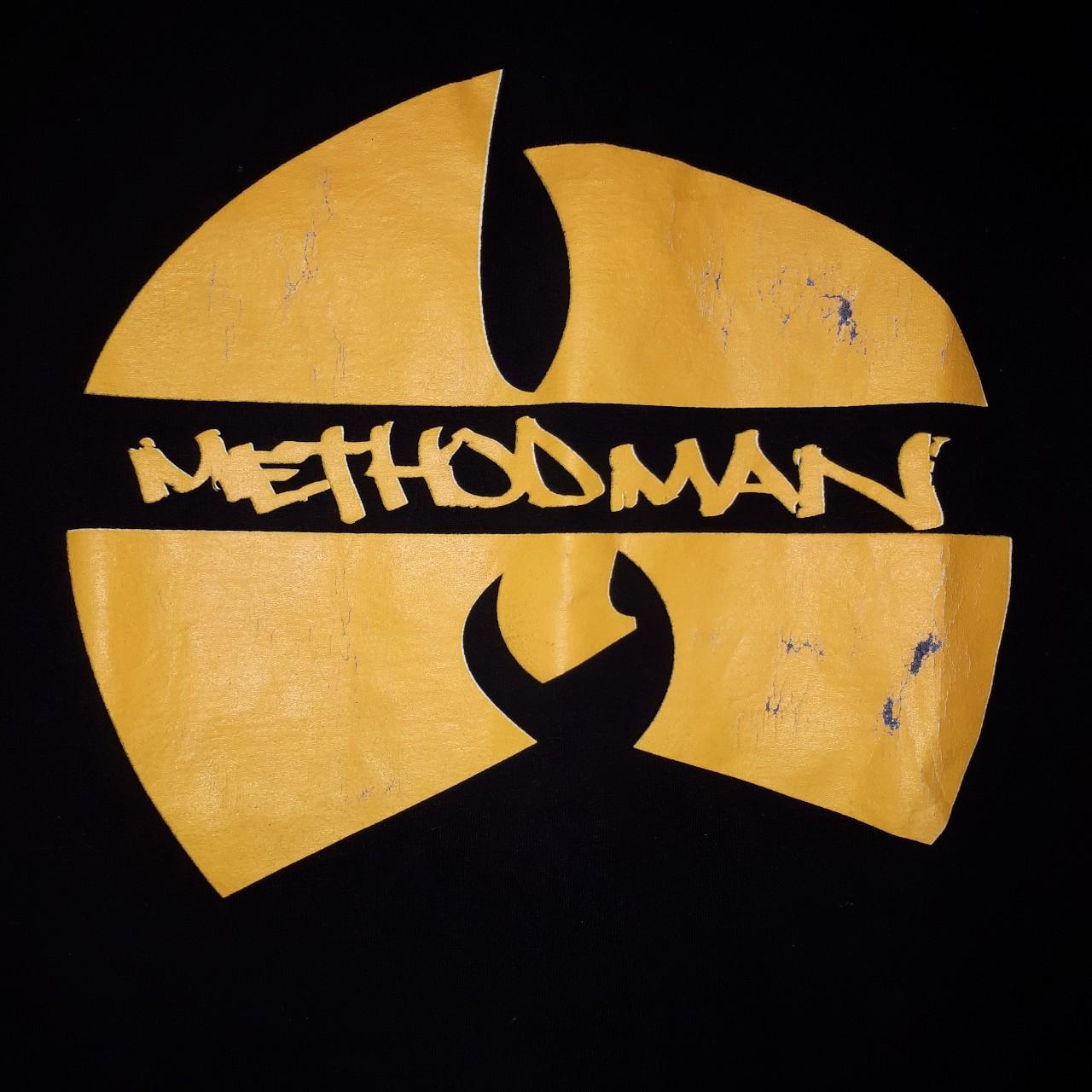 Medium Method Man Wutang shirt used but still in.