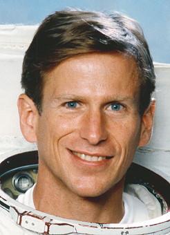 Astronaut Biography: Michael Gernhardt.