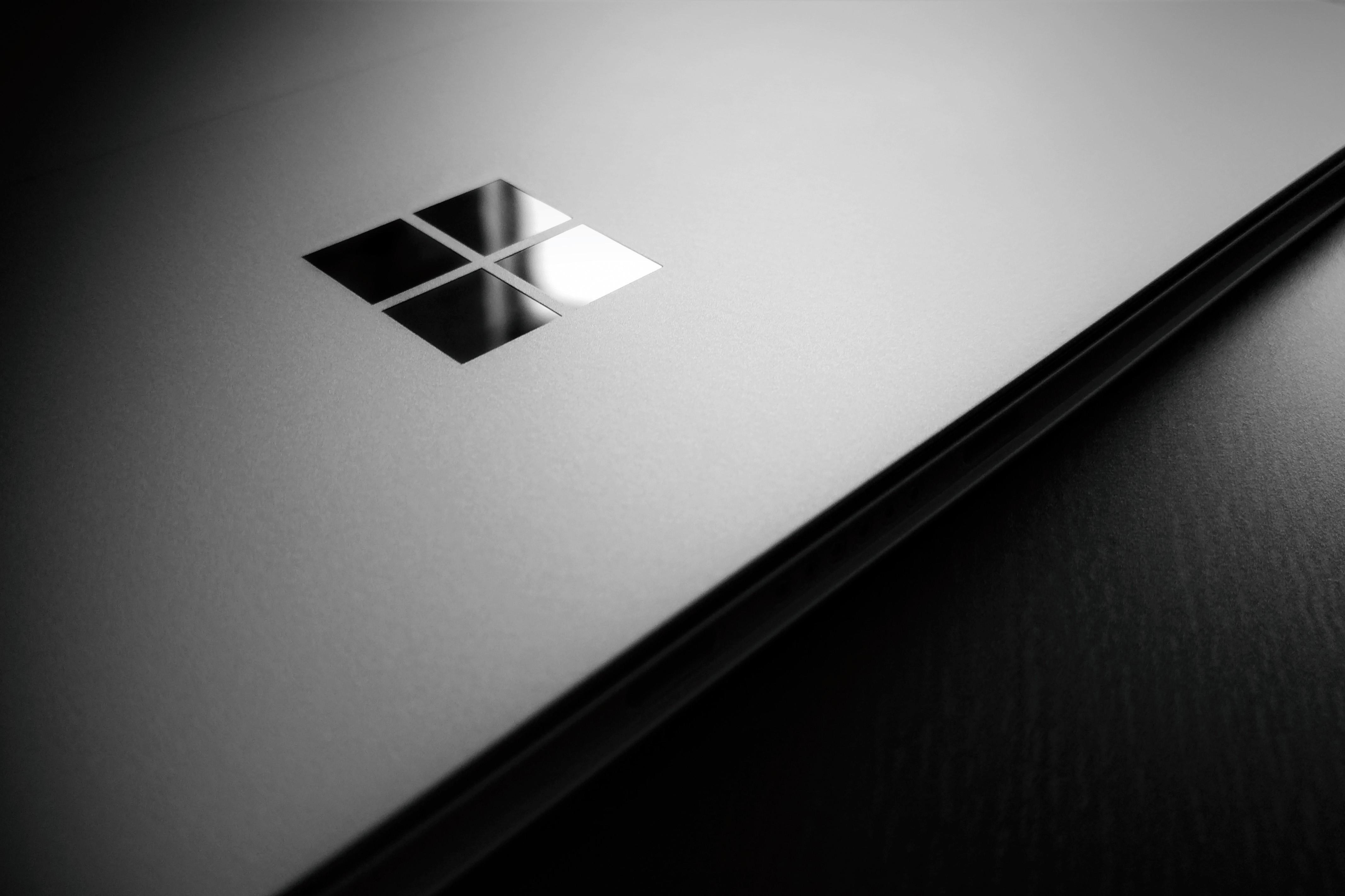 Wallpaper : wooden surface, logo, circle, laptop, Microsoft.