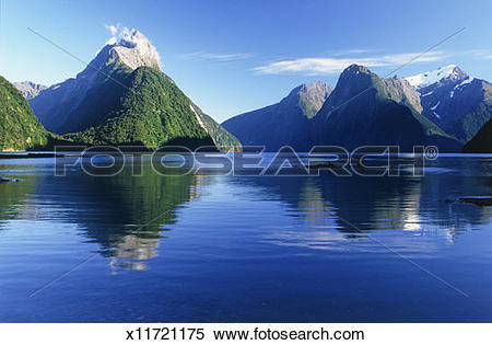 Stock Image of New Zealand, South Island, Milford Sound x11721175.