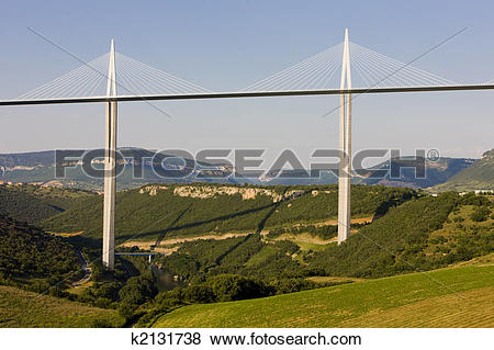 Pictures of Millau Viaduct k2131738.