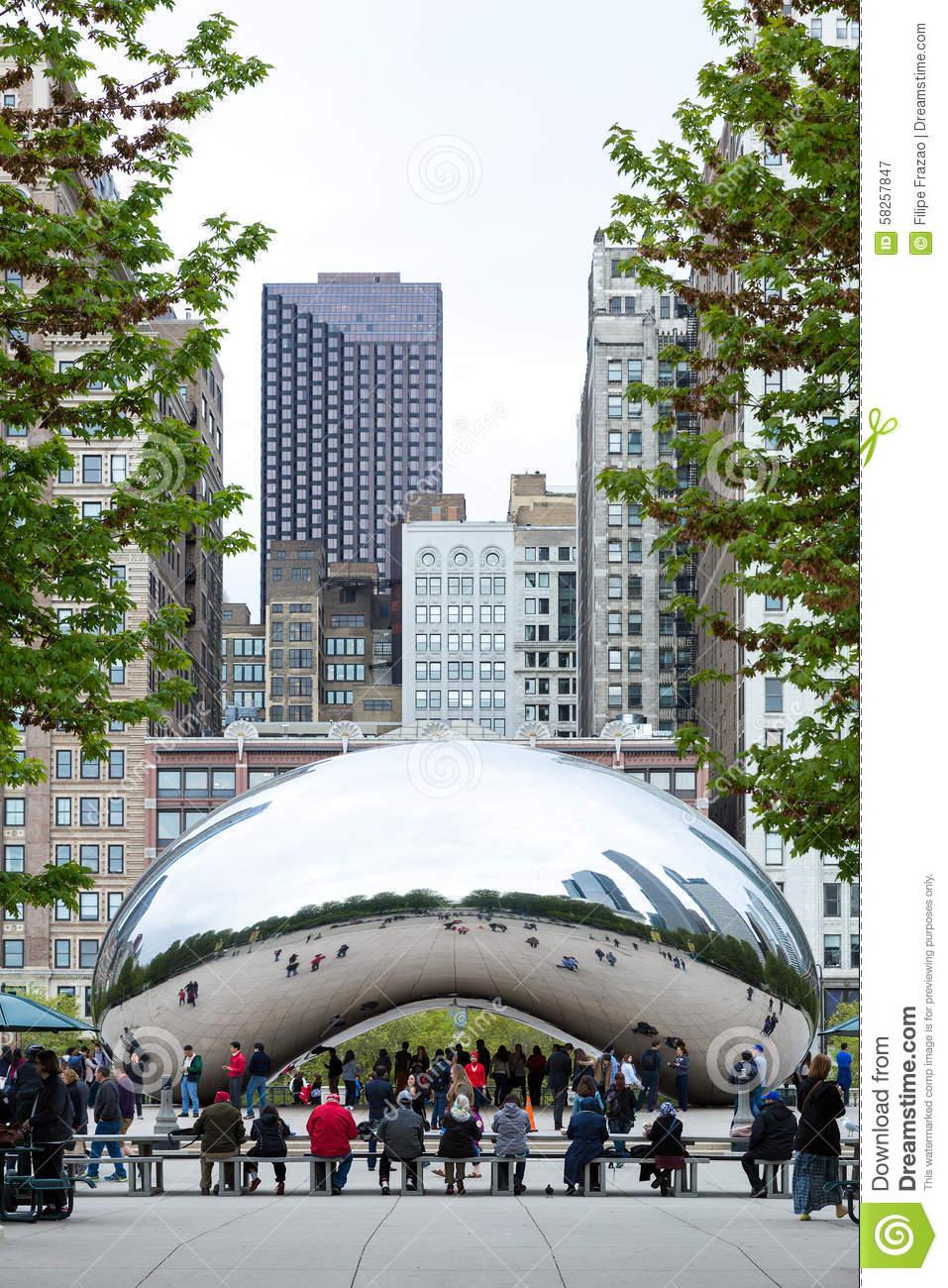 Famous Slivery Bean Sculpture In Chicago Millennium Park In.