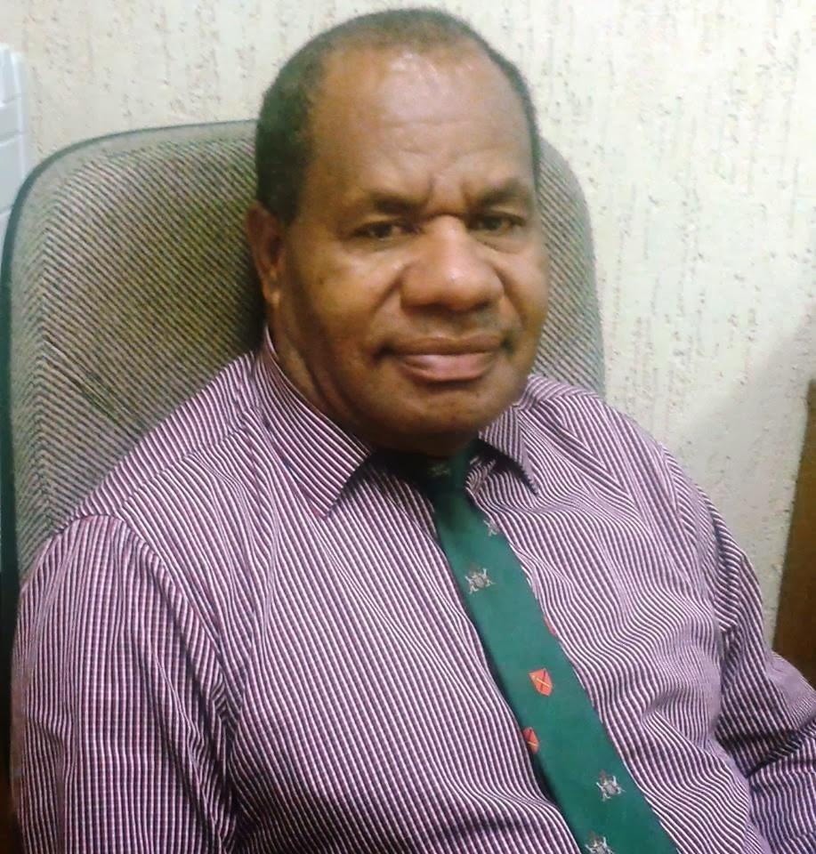 PNG Education Minister Nick Kuman announces Curriculum.