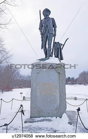 Pictures of Revolutionary War Statue in Lexington, Concord, Mass.