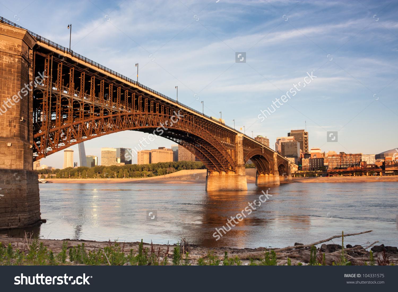 Eads Bridge Rail Road Crossing Mississippi Stock Photo 104331575.