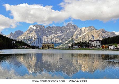 Lago Misurina Stock Photos, Royalty.