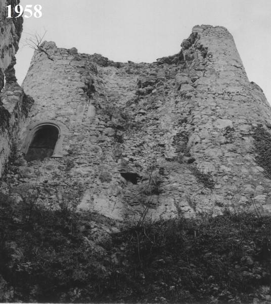 22 Mittelalterlicher Wohnturm.