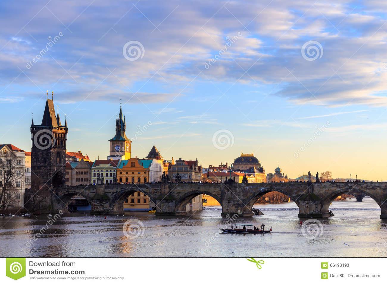 Charles Bridge, Moldau River, Lesser Town, Prague Castle, Prague.