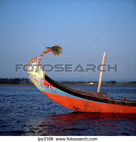 Pictures of 19 Portugal Aveiro Lagoon Prow Of A Moliceiro.