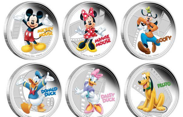 O insulă din Pacific bate monede cu Mickey Mouse și Regina Elisabeta.