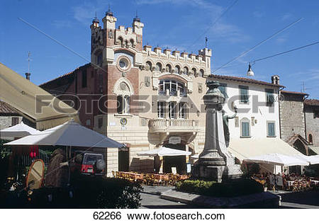 Stock Images of Outdoor cafe in town market, Montecatini Alto.